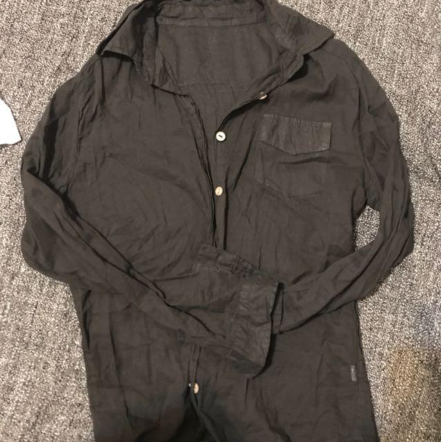 薄透黑色襯衫