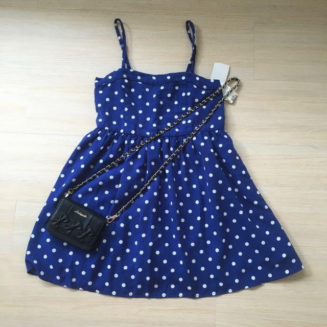 日本帶回 LOWRYS FARE 藍色點點細肩帶洋裝