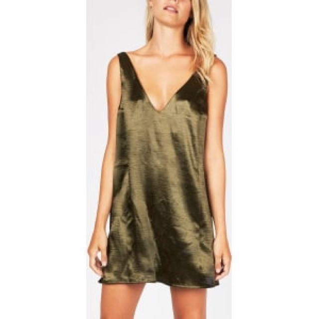 Alice In The Eve Deep V Satin Dress