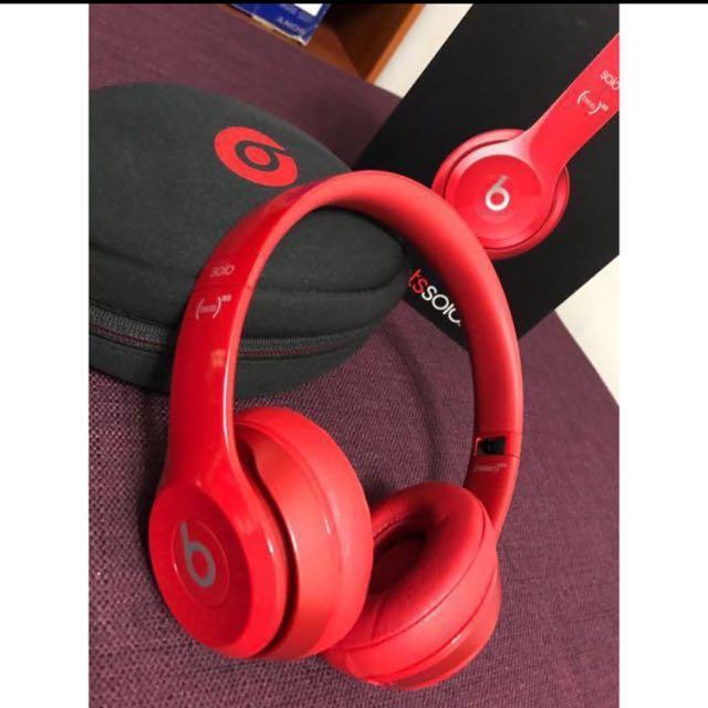 Beats紅色耳罩式耳機