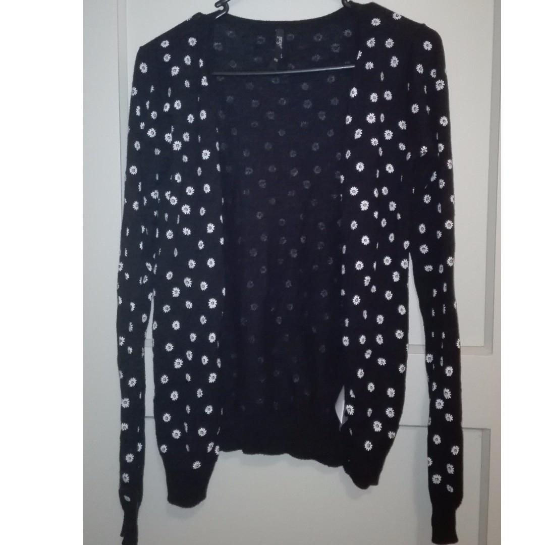 black daisy print cardigan