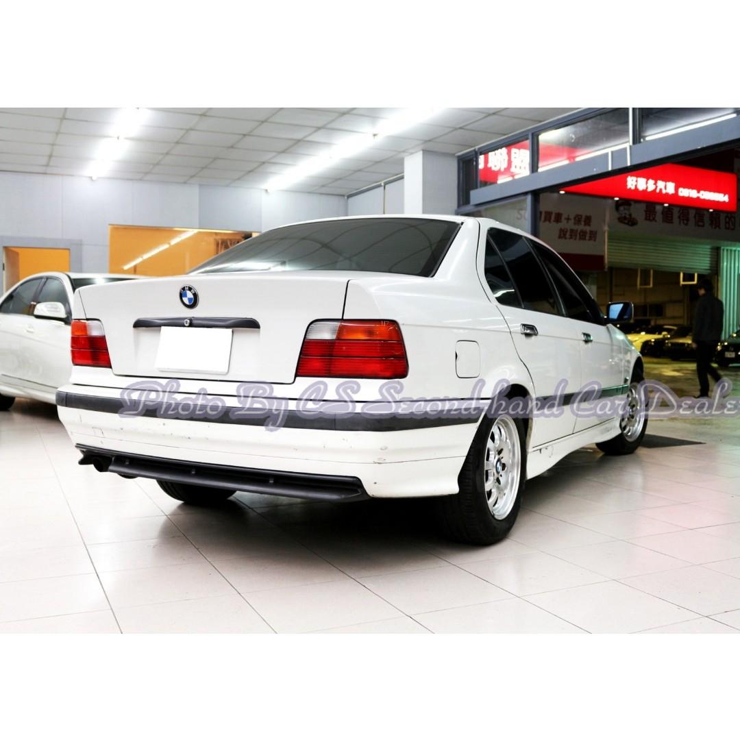 BMW E36 318i 1.9L 白
