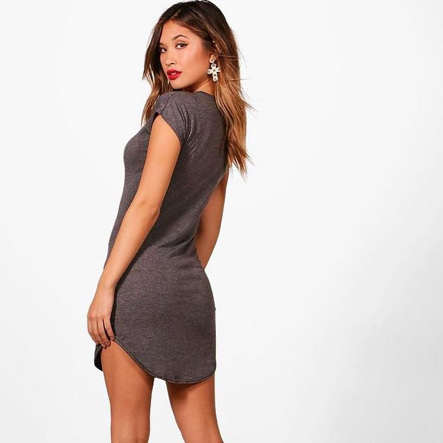 ebe3e57a6 [BNWT] BOOHOO Taylor Basic Curved Hem T-Shirt Dress, Women's Fashion,  Clothes, Dresses on Carousell