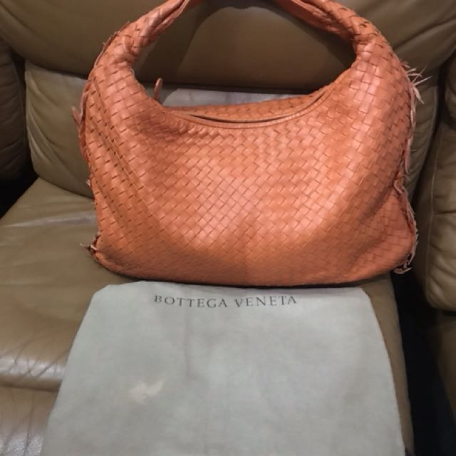 Bottega Venetta Authentic
