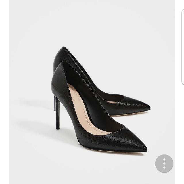 Brand new black Zara heels
