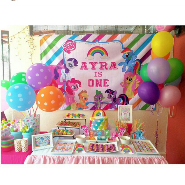 Birthday Party Buffet Table: Candy Buffet / Dessert Table / Birthday Party Deco