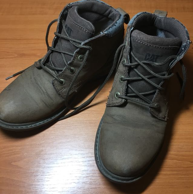 CAT brown boots