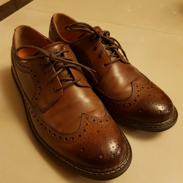 clarks氣墊皮鞋 送人尺寸不合便宜出清 全透氣皮革 舒適