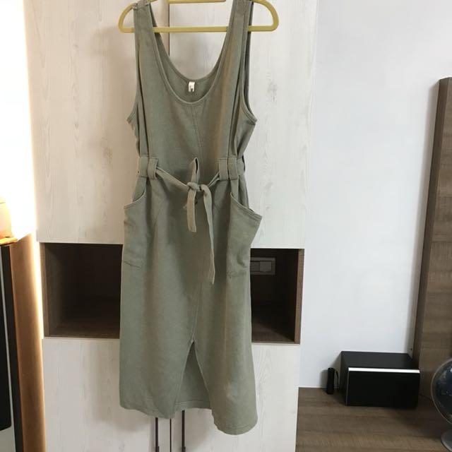 轉賣🌿Cozyfee正韓水洗綿綁帶背心洋裝(灰綠)