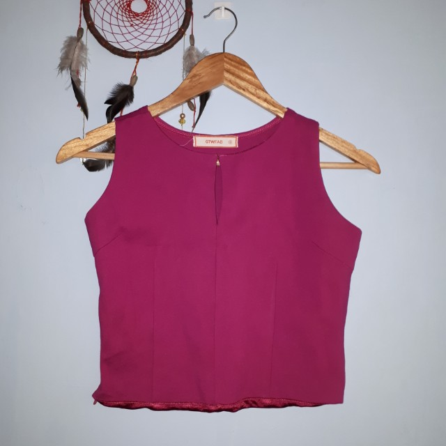 Crop Sleeveless Top GTW Fab