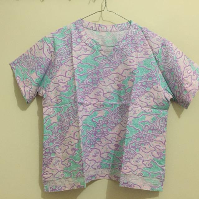 Cropped Batik Ungu