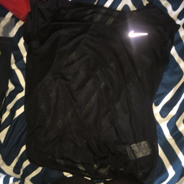 Dry fit Nike top