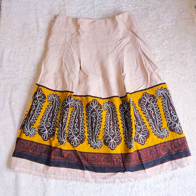 FIVE AND CO SKIRT