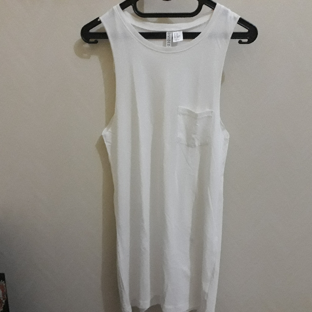 Hnm White Sleeveless