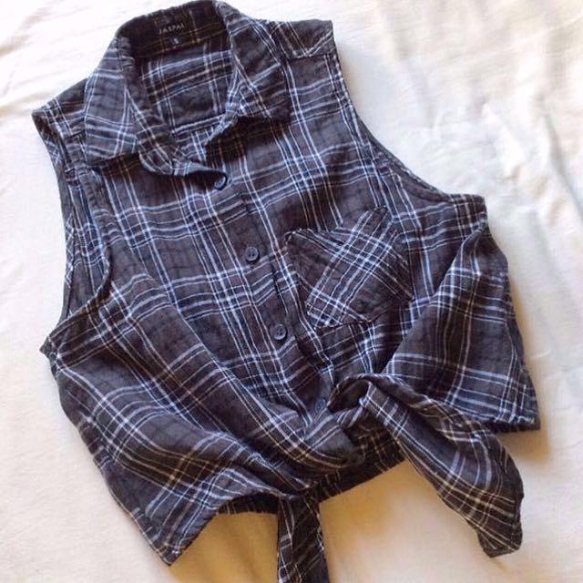 [Jaspal] Checkered Tie-front Crop Top.