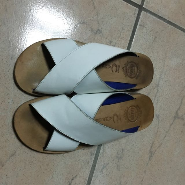 Jeffrey Campbell皮拖鞋