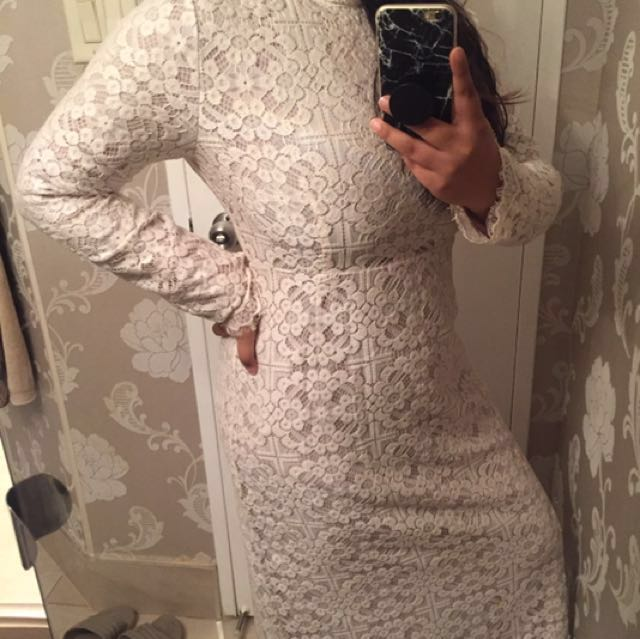 Long-sleeve White Lace Evening Dress