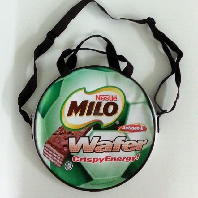 Milo Round Zip Bag
