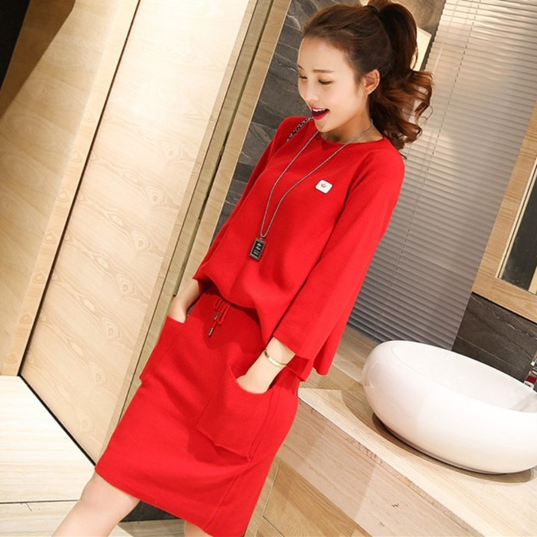 (NEW) 2 piece suit Dress : Top & Skirt - Sweet Bright Red