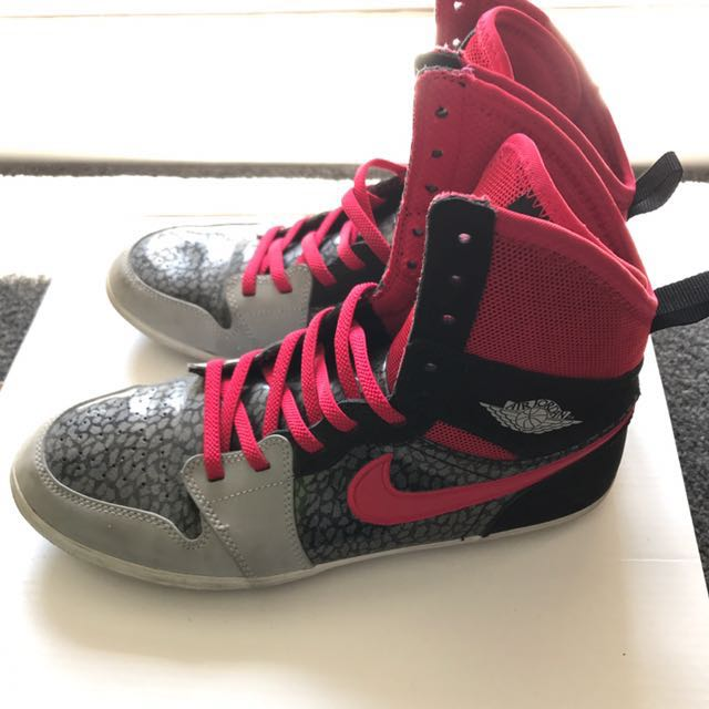 Nike women's air Jordan 36.5 US4.5 hardly worn