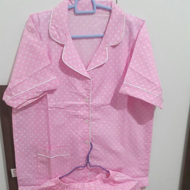 Piyama polkadot pink