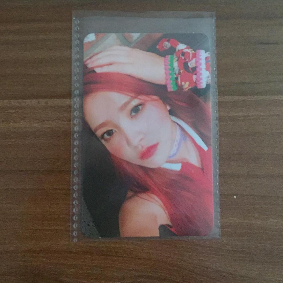 Red Velvet Yeri (Russian Roulette) Photocard