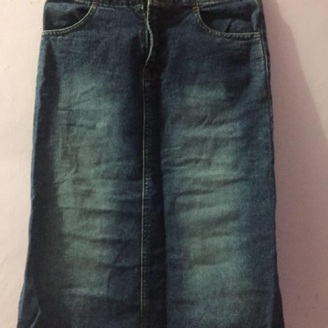 Rok jeans Midi ukuran S panjang 65cm