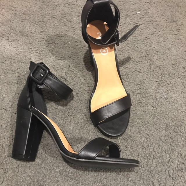 Rubi black chunky heel