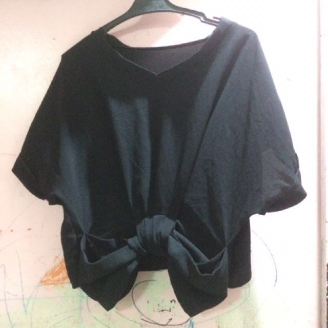 [SALE] Black Bow Top