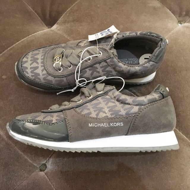 SALE‼️Michael Kors Shoes