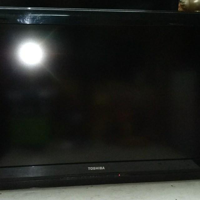 "Toshiba Lcd 32"" Full HD"