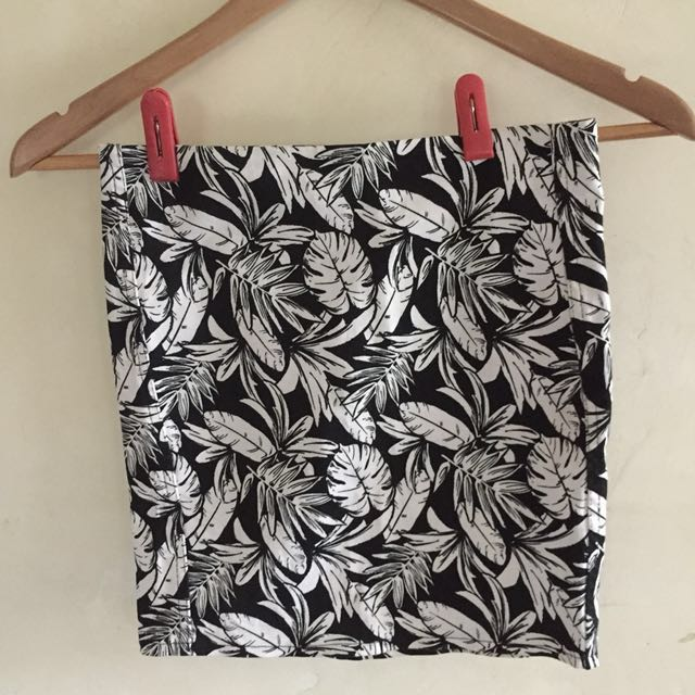 Tropical HM pencil skirt