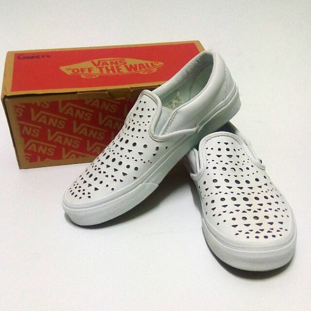 Vans Cut Out Geo White Classic Slip-On