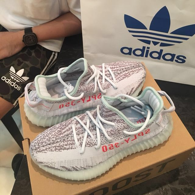 9f289bc1 WTS Yeezy Boost 350 V2 Blue Tint ( Newest limited release), Men's ...
