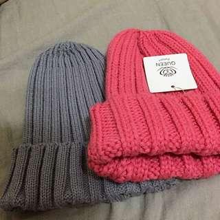 灰色毛帽 粉色毛帽