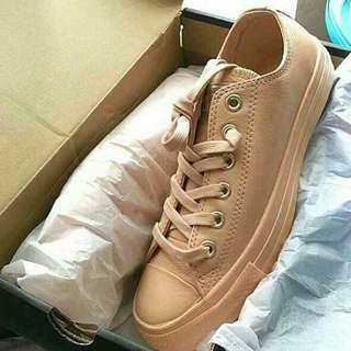 Converse Nude Authentic