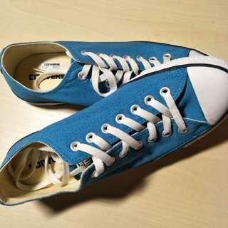 blue converse shoes !