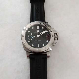 Panerai pam 682 watch