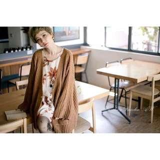 小首爾商行Dazzlingdazzlin咖啡針織外套