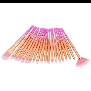 20pcs unicorn brushes in rose gold *instock