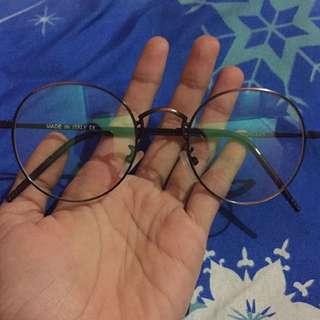 Kacamata optik