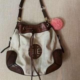 Leather Bucket Bag (AntonioMelani)