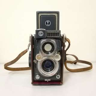 Yashica 44LM TLR