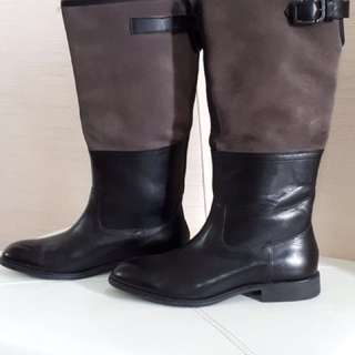 (BRAND NEW) ROCKPORT LEATHER BOOTS SZ. 6.5