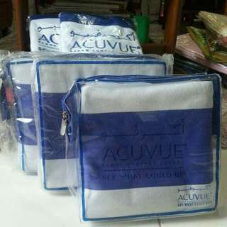 Acuvue Towels