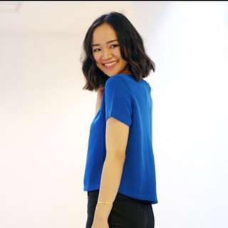 Zara inspired blue etectric zipper top baju