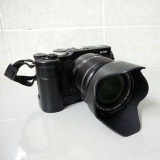 Fujifilm xm1 x-m1 with lens18-55 f2.8-4