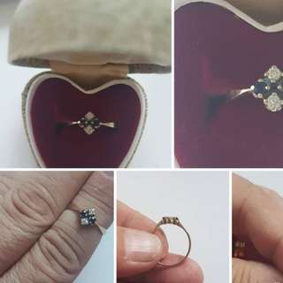 Size K1/2 9ct gold sapphire and diamond ring