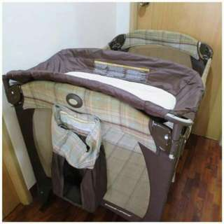 Graco Crib Pack and Playpen
