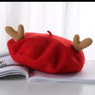 BNIB Xmas Beret Hat / Red Reindeer Horns Cap For Christmas